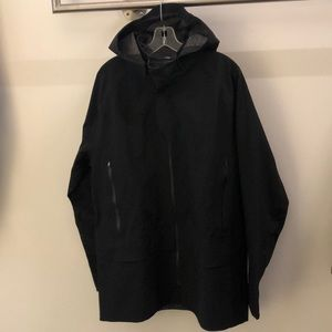 Lululemon men's black jacket with hood, sz XL